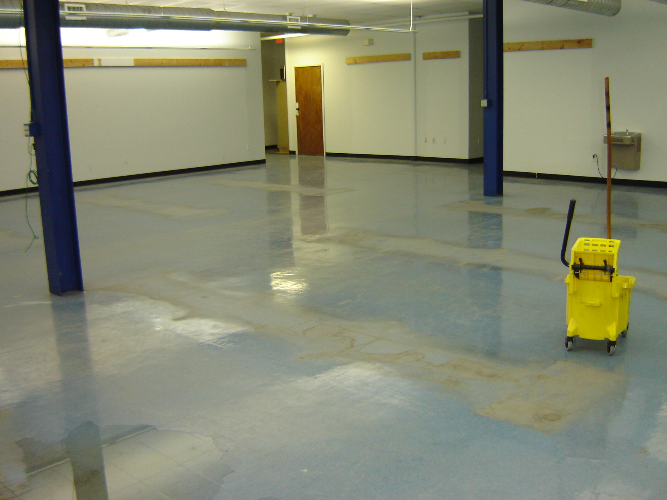 Floor scrubbing floor refinishing floor butlers for Scrubbing concrete floors